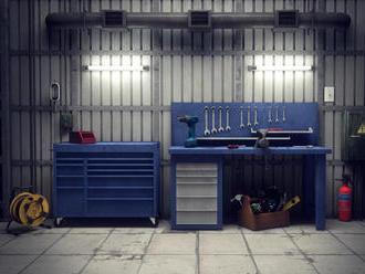 Najdôležitejšie vybavenie do dielne – poriadny stôl a úložné priestory