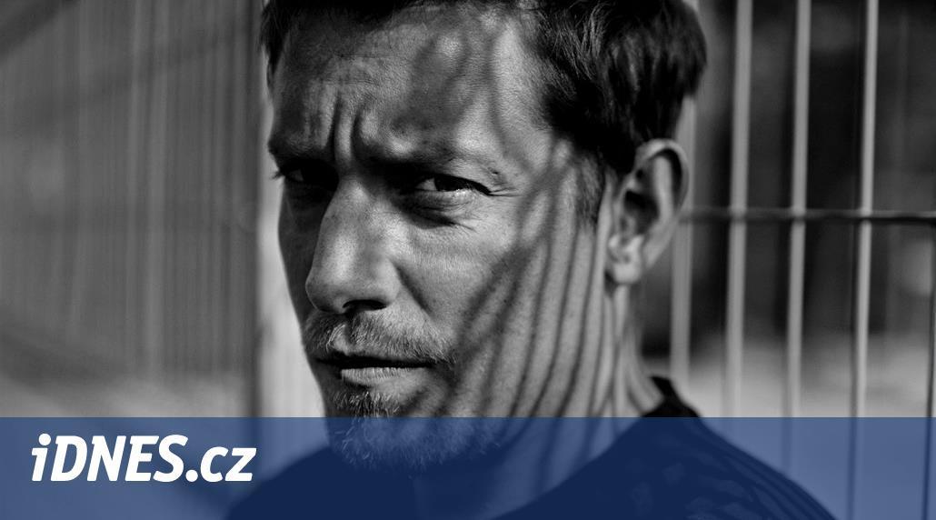 Neznám herce, který by nechtěl být známý, říká Štěpán Benoni
