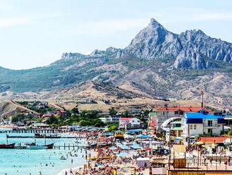Delegácia predstaviteľov občianskych organizácií z USA zisťuje na Kryme, čo sa tam  zmenilo za ostat