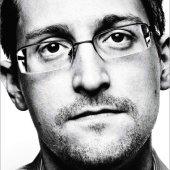 USA žalují Edwarda Snowdena za zisky z jeho memoárů