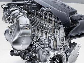 Mercedes říká, že ukončil vývoj motorů na benzin a naftu, může si to ale dovolit?