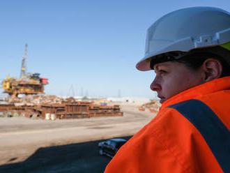 USA nakrátko predbehli Saudskú Arábiu a stali sa najväčším vývozcom ropy