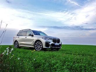 Test BMW X7 M50d: Toto nafúkané SUV stále nemá dosť