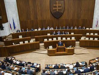 Návrh rezortu spravodlivosti o zaisťovaní majetku otvoril rokovanie NR SR