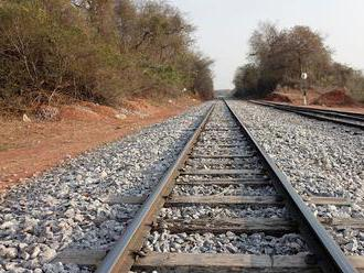 Pri železničnej nehode v Kongu zomrelo najmenej 50 ľudí