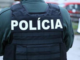 Policajti zadržali na hranici Ukrajinca hľadaného Interpolom