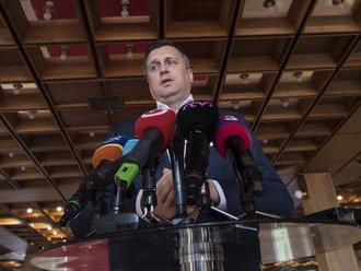 Vážne porušenie koaličnej zmluvy, tvrdí SNS o zdražení cigariet