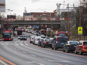 Bratislavu čaká víkend plný podujatí, skomplikuje dopravu