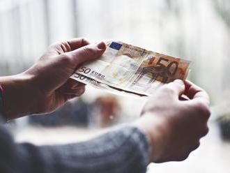 Nechal si vyplácať peniaze za osobnú asistenciu: Teraz čelí obvineniam