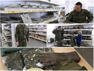NAKA vyšetruje nákupy vojenského oblečenia: Rezort obrany obchodoval aj po upozornení polície