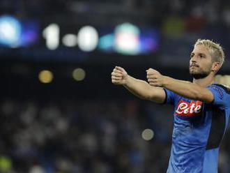 """Neapol odštartoval Ligu majstrov porážkou """"The Reds"""", Dortmund a Barcelona si delili bod"""