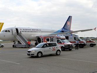 Analýzy o národnom leteckom dopravcovi sú podľa opozície plytvaním financií