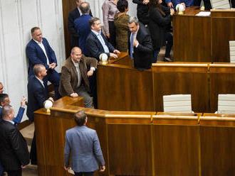 Ostrá hádka v parlamente: Danko nazval Matoviča