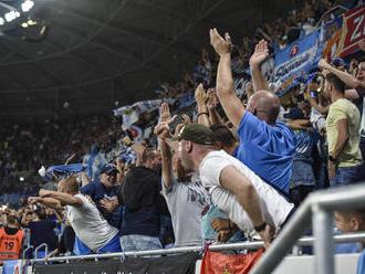 Slovan aj proti Wolverhamptonu bez divákov. Belasí pykajú za rasistický pokrik