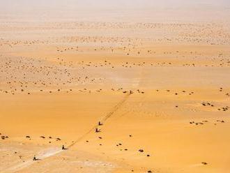 Dakar 2020 - Maratónska 10. etapa skrátená - Hondy navyšujú náskok, Svitko stratil -  Haradh - Shuba