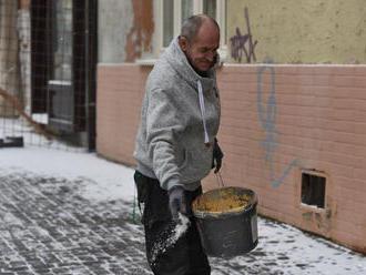 Bratislavčania môžu nahlasovať podnety na neschodné cesty a chodníky