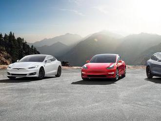 Tesla faces NHTSA investigation over unintended acceleration complaints     - Roadshow