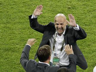 Na dvoch stoličkách. Bílek s Hippom okrem kazašskej reprezentácie povedú aj FK Astana