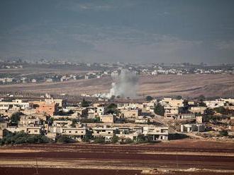 Nálety na Idlib pripravili napriek prímeriu o život 18 civilistov