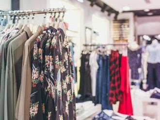Kdo nemyslí zeleně, prodělá. Rychlá móda už tak netáhne, zákazníky inspiruje i Greta