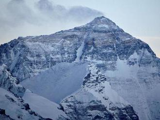 VIDEO: V okolí Mount Everestu rastie čoraz viac rastlín