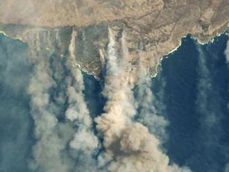 VIDEO: Dym z austrálskych požiarov obkrúži celú planétu, tvrdí NASA