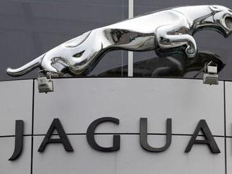 Koniec dobrých časov pre automobilky? Prepúšťa aj Jaguar Land Rover