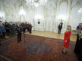 Stretávajú sa i s nevďakom. Prezidentka ocenila záchranné zložky