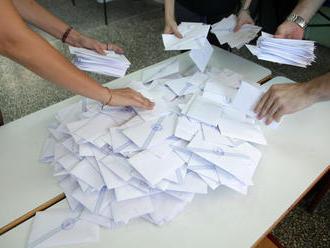 Možnosť voliť zo zahraničia zaváži, požiadali o ňu desaťtisíce