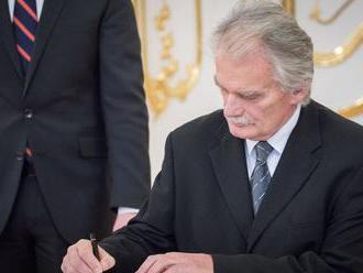 Šéf Ústavného súdu si po Tóthovej výpovedi posvieti na Mamojku