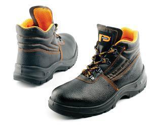 Nohy v bezpečí: umíte si vybrat správnou pracovní obuv?