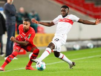 Stuttgartu bleskový gól nestačil, s Kolínem jen remizoval