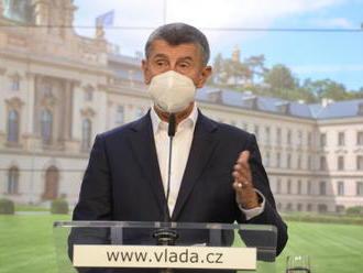 Vláda jedná kvůli epidemii o dalších opatřeních - video