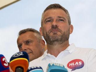 Voľby by v októbri vyhral Hlas, nasleduje OĽANO a SaS