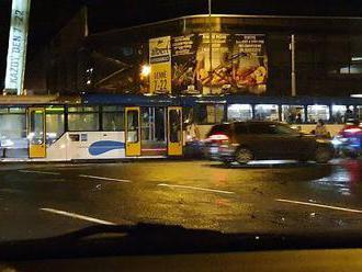 V Ostravě-Porubě se srazily dvě tramvaje. Několik lidí bylo zraněno