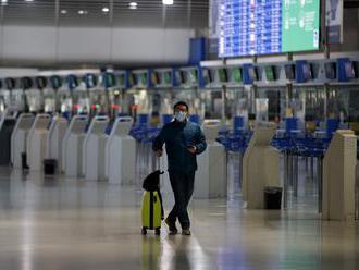 Podľa prieskumu sa obmedzení pri cestovaní do zahraničia aj na budúci rok obáva takmer polovica Slov