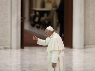 Pápež ruší verejné audiencie