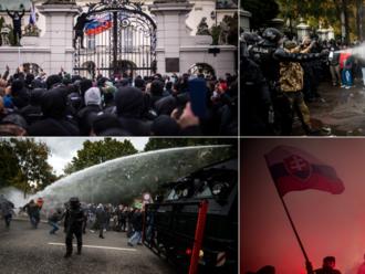 Dlažobné kocky, svetlice a delobuchy: protest proti Matovičovi bol agresívny, polícia použila vodné