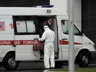 Rusko pozastavilo očkování proti koronaviru, došla totiž vakcína