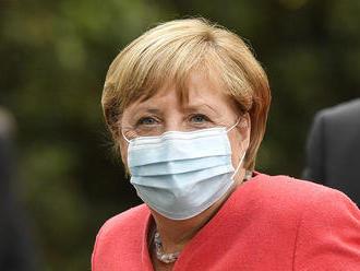 Merkelová vyzvala občanov Nemecka k osobnému lockdownu