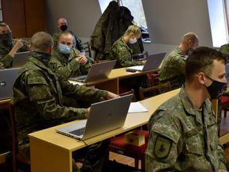 Vláda poverila armádu vykonaním celoplošného testovania