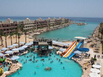 CK: Češi chtějí závěr roku trávit v Egyptě či Emirátech
