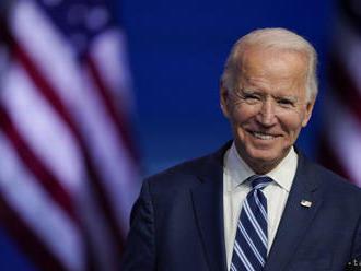 Twitter odovzdá Bidenovi prezidentský účet v deň inaugurácie