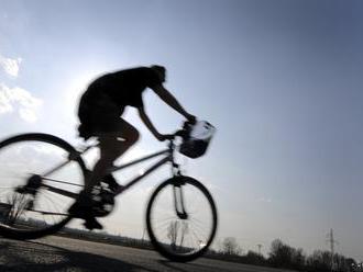 V Komárne pribúdajú nové stojany na bicykle