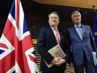 Brexit: fogytán az idő, újra és újra egymásnak feszülnek a felek