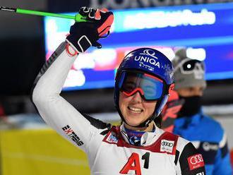 Petra Vlhová vyhrala aj paralelný obrovský slalom a dovŕšila víťazný hetrik