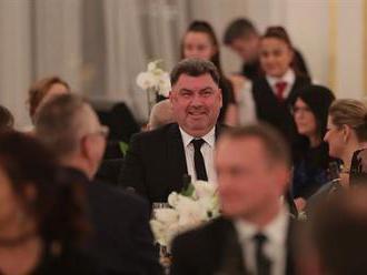 Petříček čeká informaci o obsahu cesty Nejedlého do Ruska, sebrat mu za to diplomatický pas není mož