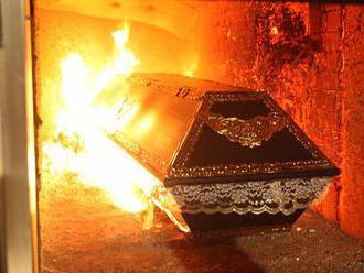Mrtvých přibývá. Krematorium v Plzni se nezastaví ani o víkendech a svátcích