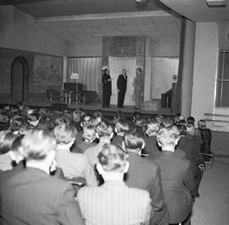 Vyšla kniha k výročí vzniku Divadla Komedie i první svazek Grosmanových spisů