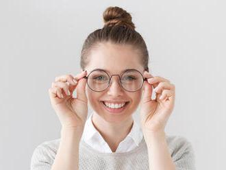 Čím sa riadiť pri výbere dioptrických okuliarov?